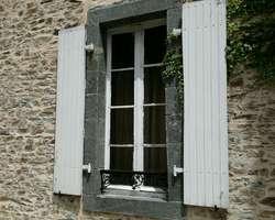 fenêtre bois XVIIIéme avant, Sud Mayenne (53)