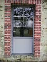Porte extérieur, Cossé-le-Vivien (53).